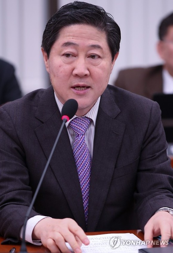 This file photo shows Yoo Ki-june of the main opposition Liberty Korea Party. (Yonhap)