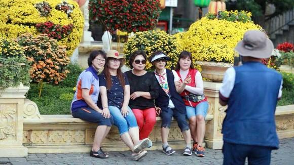 Nếu không cải thiện sản phẩm và dịch vụ, du lịch Việt Nam sẽ khó đạt mục tiêu đề ra ảnh 1