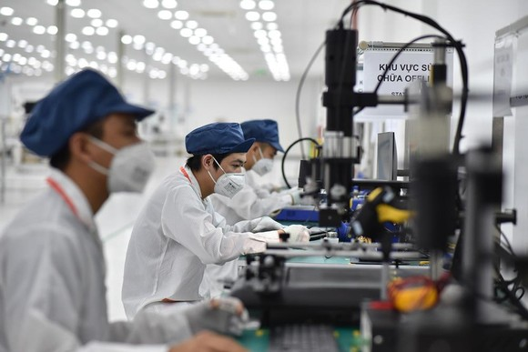 Vingroup động thổ Nhà máy điện thoại thông minh công suất 125 triệu máy/năm ảnh 3