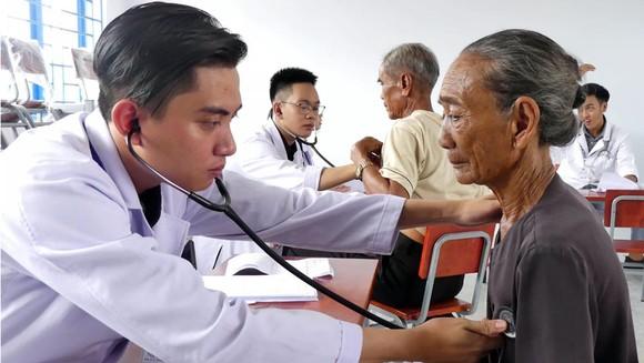 Chiến dịch Tình nguyện Hành Quân Xanh tỉnh Bình Thuận ảnh 2