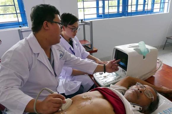Chiến dịch Tình nguyện Hành Quân Xanh tỉnh Bình Thuận ảnh 3