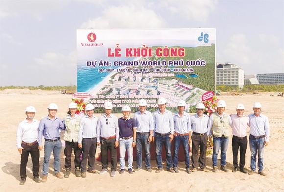 Công ty CP Tập đoàn Xây dựng Hòa Bình khởi công dự án Grand World Phú Quốc