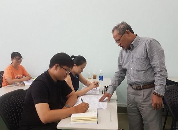 Người mở hướng nghiên cứu văn học Phật giáo Việt Nam ảnh 1