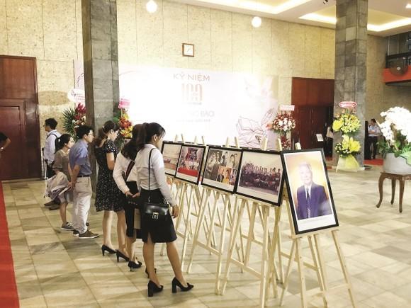 Công ty CP Tập đoàn Xây dựng Hòa Bình kỷ niệm 100 năm Ngày sinh Cố Chủ tịch Danh dự Lê Mộng Đào ảnh 3