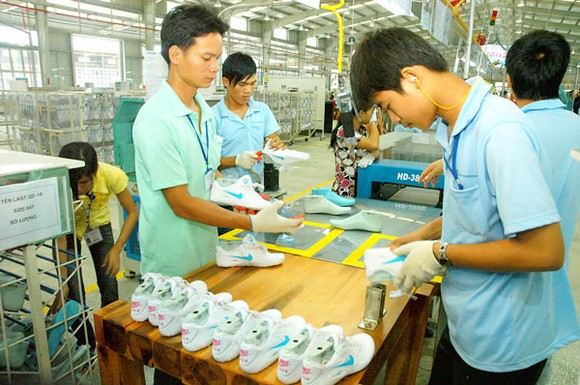 Doanh nghiệp da giày có thị trường xuất khẩu lớn. Ảnh: THÀNH TRÍ