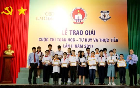 117 học sinh được trao giải cuộc thi Toán học - Tư duy và Thực tiễn lần 2 ảnh 3