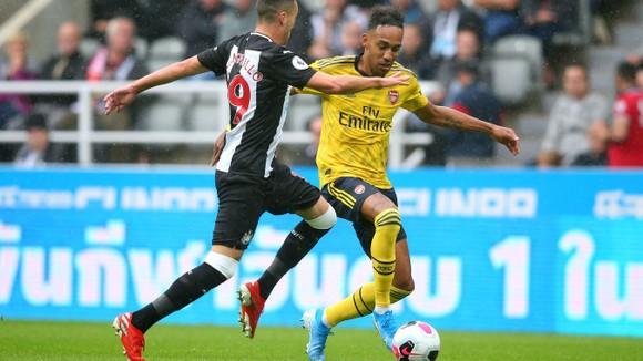 Newcastle - Arsenal 0-1, Aubameyang giúp Pháo thủ hạ gục Chích chòe ảnh 4