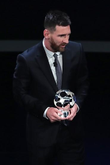 Barca, Dortmund, Inter vào bảng tử thần, Van Dijk giành 2 giải thưởng ảnh 2