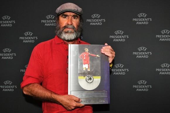 Barca, Dortmund, Inter vào bảng tử thần, Van Dijk giành 2 giải thưởng ảnh 9