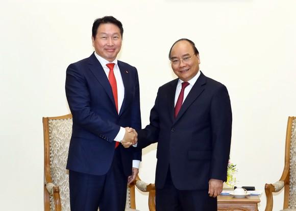 Thủ tướng tiếp lãnh đạo tập đoàn Hàn Quốc dự định mở rộng đầu tư vào Việt Nam