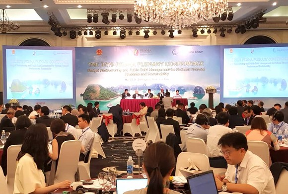 Toàn cảnh Hội nghị toàn thể Mạng lưới Quản lý chi tiêu công tại châu Á (PEMNA) năm 2019 . Ảnh:VGP/Huy Thắng.