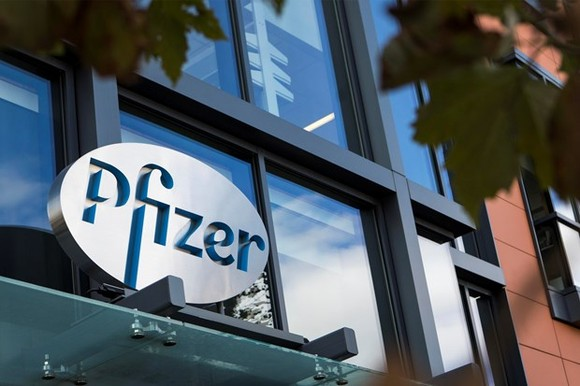 Pfizer chi 11 tỷ USD  thâu tóm Array BioPharma