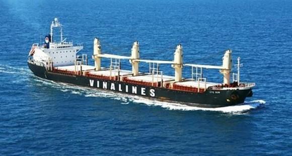 Khó khăn giành thị phần vận tải biển