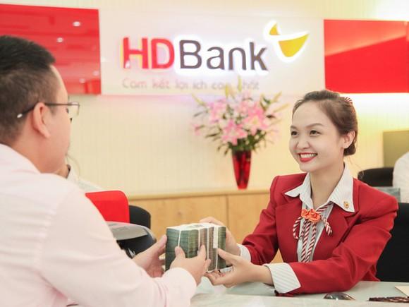 6 tháng, HDBank lãi 2.211 tỷ đồng