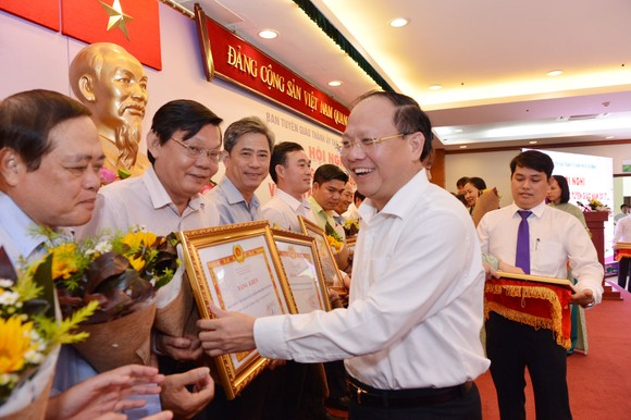 Bí thư Thành ủy TPHCM Nguyễn Thiện Nhân: Nghiên cứu lập khu đô thị sáng tạo ở phía Đông TPHCM ảnh 3