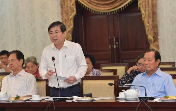 Thành ủy TPHCM gặp gỡ cán bộ cao cấp nghỉ hưu ảnh 1