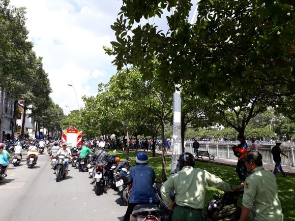 Vụ nữ sinh bị sát hại tại phòng trọ: Phát hiện thi thể nghi can ở kênh Nhiêu Lộc - Thị Nghè ảnh 1