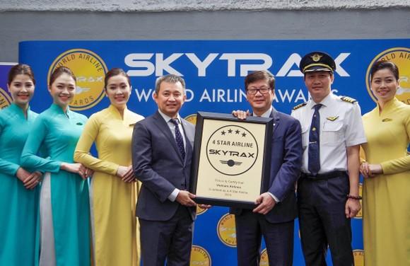 Vietnam Airlines nhận chứng chỉ 4 sao lần thứ tư liên tiếp