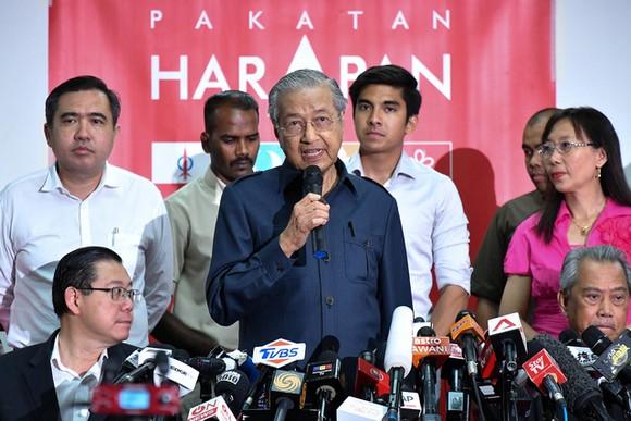 馬哈蒂爾總理表示可能只擔任一兩年大馬總理。