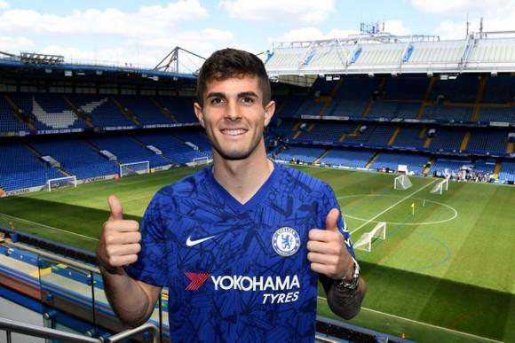 Christian Pulisic ra mắt ở sân Stamford Bridge