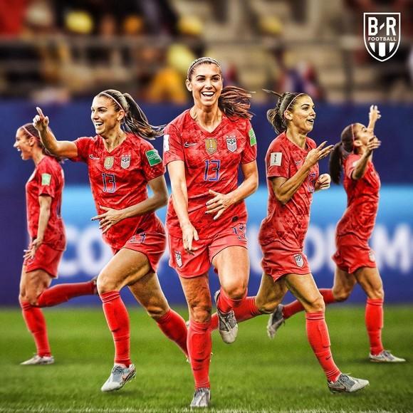 Hủy diệt Thái Lan 13-0: Tuyển nữ Mỹ ghi bàn nhiều hơn cả tuyển nam ở 3 kỳ World Cup cộng lại ảnh 1