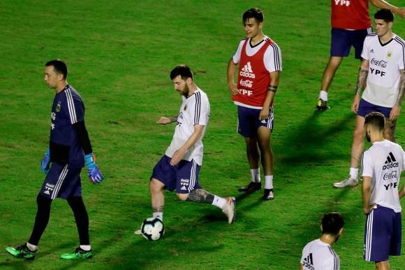 "Argentina - Colombia: Ông Scaloni sẽ chơi với ""mũi đinh ba"" Messi - Aguero - Di Maria ảnh 7"