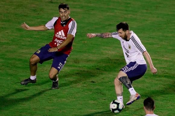 "Argentina - Colombia: Ông Scaloni sẽ chơi với ""mũi đinh ba"" Messi - Aguero - Di Maria ảnh 10"