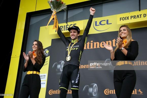 Tour de France: Simon giành chặng thắng thứ 2, Pinot vươn lên mạnh mẽ ảnh 1