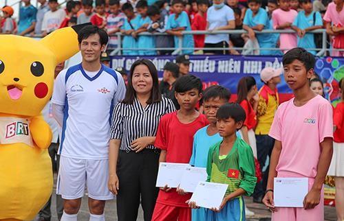 Giải bóng đá thiếu nhi Bà Rịa - Vũng Tàu 2019: Cầu thủ Lê Thái Vũ ghi đến 21 bàn thắng ảnh 7