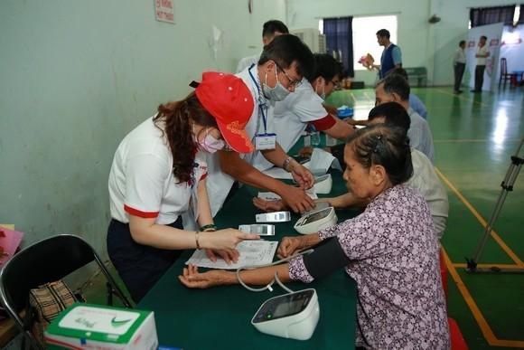 Những khoảnh khắc ý nghĩa trong chương trình từ thiện lần 8 do Vedan tổ chức ảnh 8