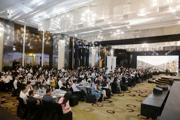 'Siêu phẩm' Sun Grand City New An Thoi thu hút hàng trăm nhà đầu tư Bắc, Nam ảnh 2