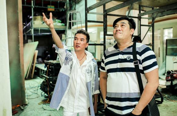 Đàm Vĩnh Hưng tái hiện nguyên vẹn Thương xá Tax trong Sài Gòn Bolero và Hưng  ảnh 1