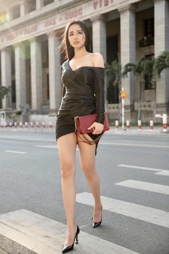 Hoa hậu Mai Phương Thúy chính thức trở thành giám khảo cuộc thi Miss World Việt Nam 2019 ảnh 4