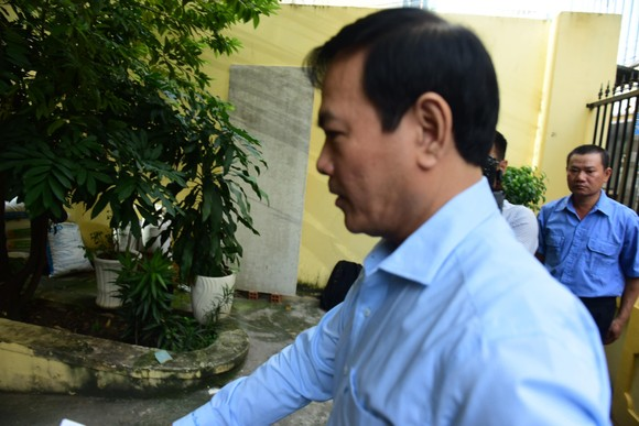 Đang xử kín vụ ông Nguyễn Hữu Linh về tội dâm ô ảnh 1