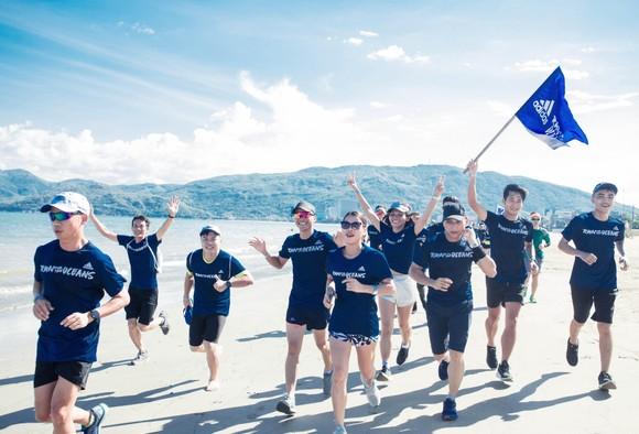 200 người chạy mỗi km nhận 1 USD, gây quỹ vì đại dương không rác ảnh 3