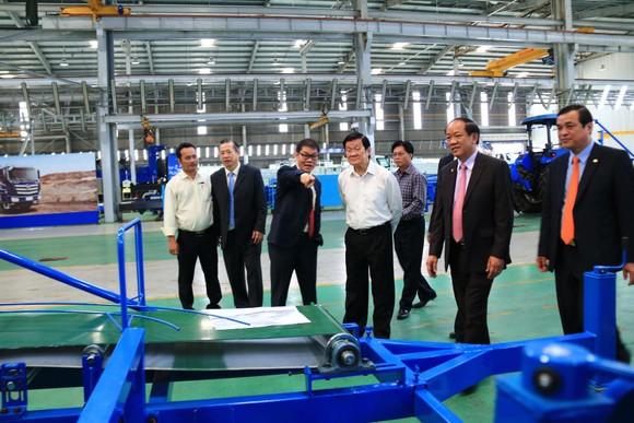 4,5 tỷ đồng mua máy lọc nước trao tặng cho 49 trường học huyện Núi Thành   ảnh 1