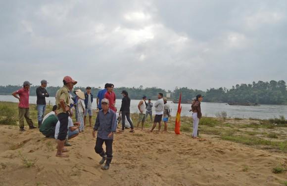 Nhức nhối nạn khai thác cát ở Quảng Nam ảnh 1