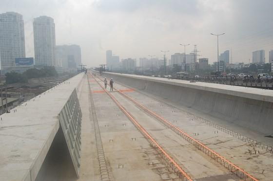 Tuyến metro Bến Thành- Suối Tiên thi công cầm chừng