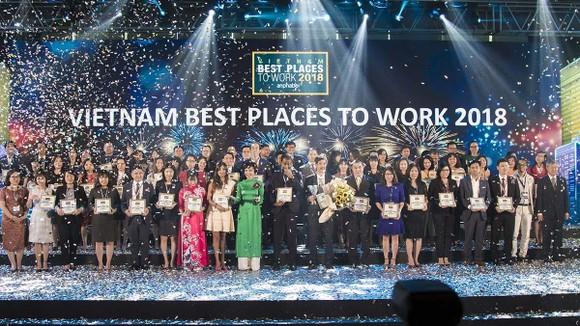 Công ty CP Tập đoàn Xây dựng Hòa Bình 4 năm liêp tiếp đạt Top 100 nơi làm việc tốt nhất ảnh 1