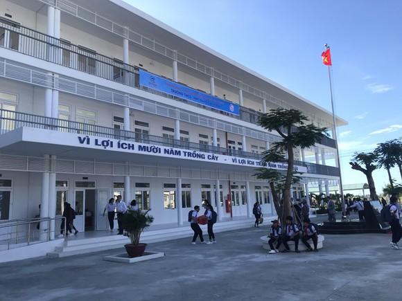 Trungnam Group bàn giao ngôi trường 60 tỷ đồng cho Ninh Thuận trong ngày khai giảng   ảnh 3
