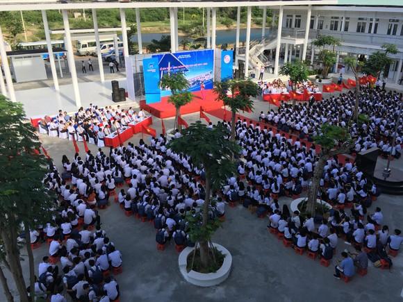 Trungnam Group bàn giao ngôi trường 60 tỷ đồng cho Ninh Thuận trong ngày khai giảng   ảnh 1