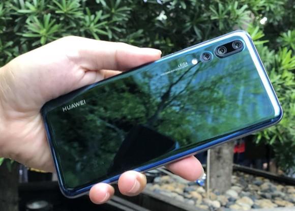 """Không chỉ Google, nhiều hãng công nghệ Mỹ """"ngừng kết nối"""" với Huawei ảnh 1"""