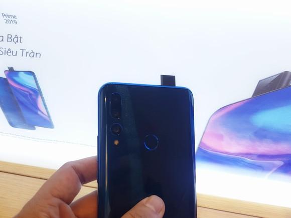 Huawei ra mắt Y9 Prime 2019 với mức giá 6,49 triệu đồng ảnh 1