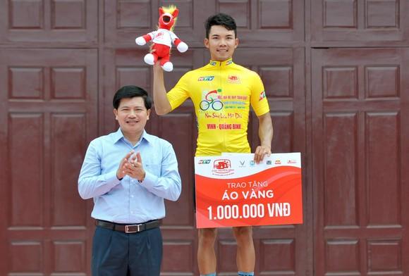 Giải xe đạp Cúp Truyền hình: Ngày đại thắng của các tay đua TPHCM ảnh 2