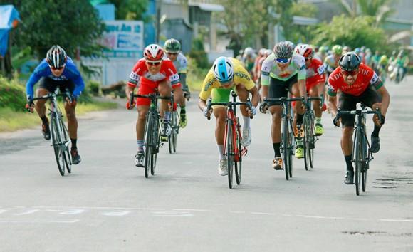 Giải xe đạp ĐBSCL: Ngoại binh của đội đua Đồng Nai chứng tỏ giá trị ảnh 2