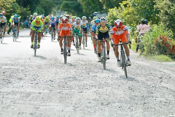 Giải xe đạp ĐBSCL: Ngoại binh của đội đua Đồng Nai chứng tỏ giá trị ảnh 1