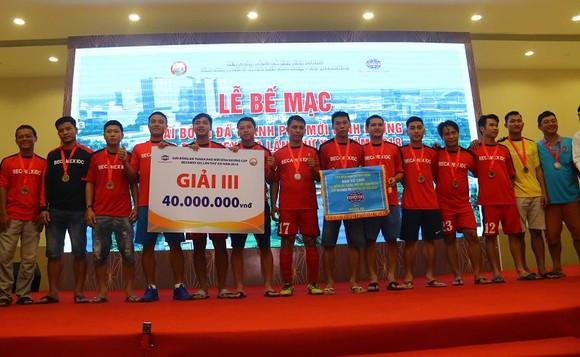 Bình Hòa-TPK lần thứ 3 liên tiếp vô địch giải bóng đá Thành phố mới Bình Dương ảnh 3