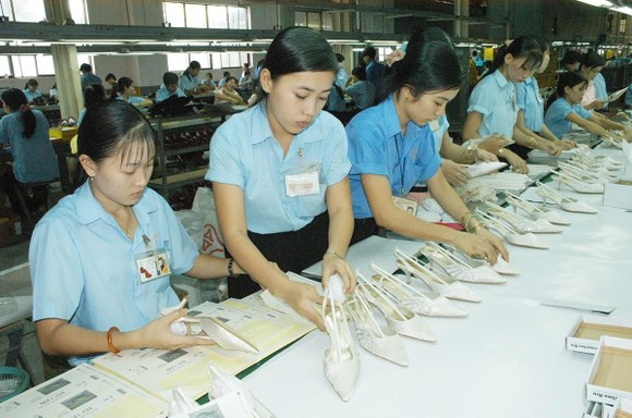 Footwear is among made-in-Vietnam products to be displayed at supermarkets in South Africa. (Photo: SGGP)