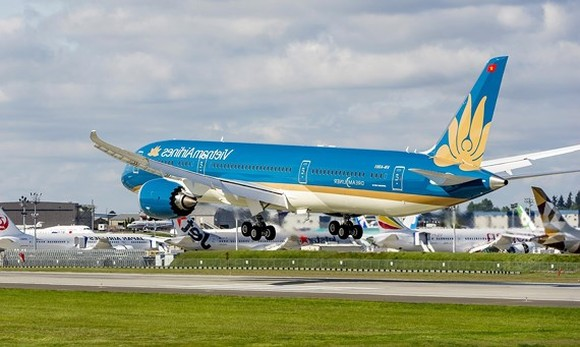 Vietnam Airlines puts into use phone check-in service