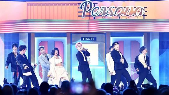 Nhóm BTS tại lễ trao giải Billboard Music Awards2019. Ảnh: Billboard